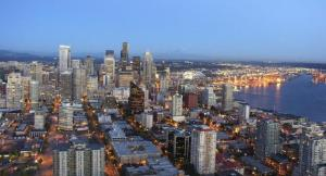 04Seattle-skyline-from-the-Space-Needle