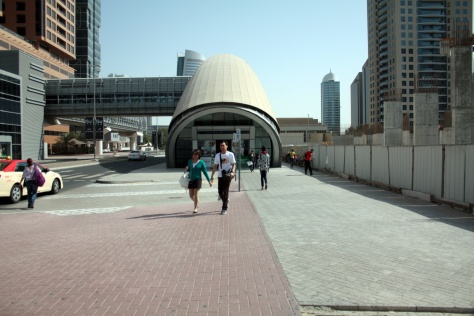 Dubai auris metro central hotel apartments